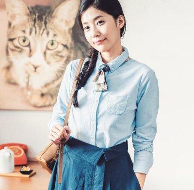 画像2: 春新作 長袖tシャツ レディース ファション Tシャツ トップス 通勤 通学 OL 女性 シンプル ピカピカ 無地 レジャー